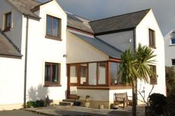 Aelwyd House